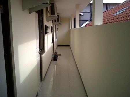 Lokasi Dekat Raya Darmo Surabaya Pusat Tepatnya Di Jalan Cokroaminoto No 10C